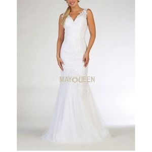 New formal wedding gown. Bridal fitted dress.